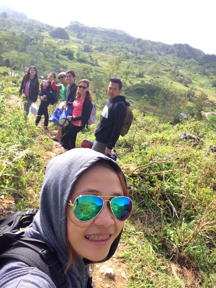 "Downhill trek to Mantalongon market, selfie shot with the "" Social Climbers""😁"