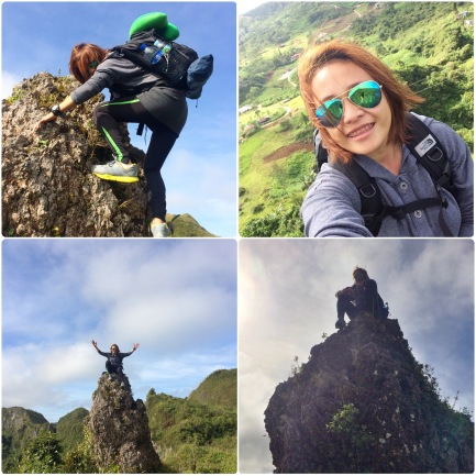 Now there's me struggling to climb that rock with my tent and bag at my back, feet shaking as I capture my selfie shot😉😉