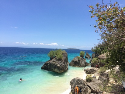 Taken on top of one of the rocks, I just can't help but explore the beauty that was Cangcua-ay Beach Resort